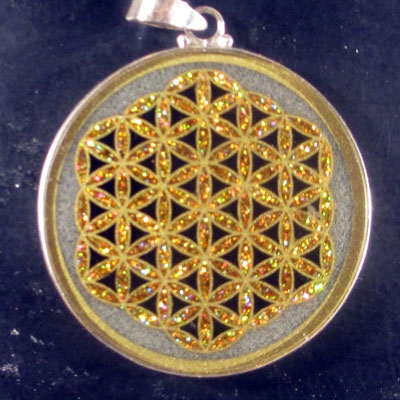Flower of Life quartz 05 Gemstone Pendant